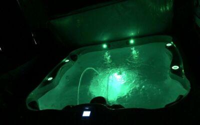 Evolution 7 Hot Tub - 2015