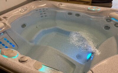 Hotspring Sovereign Hot Tub